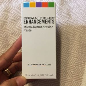 Rodan And Fields Microdermabrasion abrasion paste